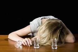 Злоупотребление алкоголем - причина увеличения печени