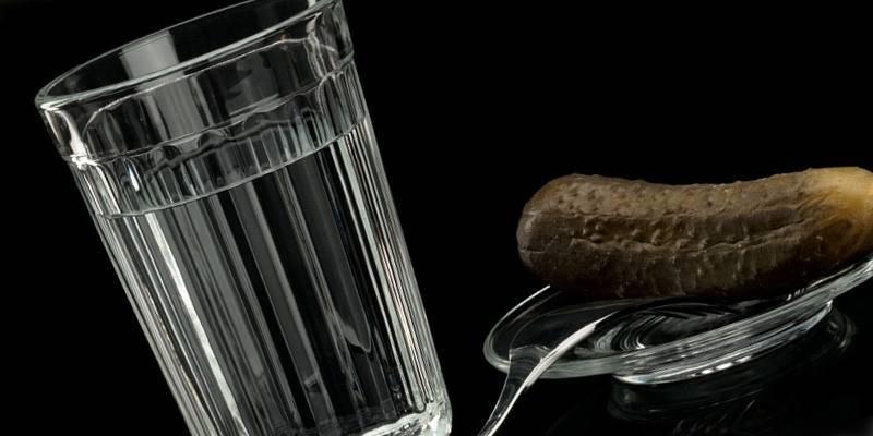 стакан водки алкоголь