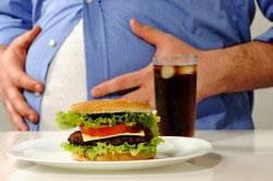 Отсутствие сбалансированного питания - одна из причин болезней печени.