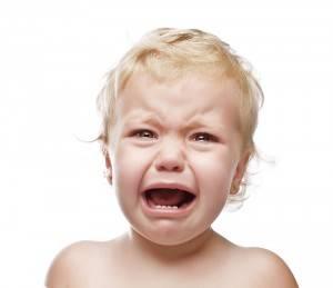 Плач и недовольство ребенка
