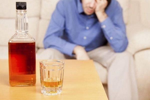 Одной из главных угроз для печени является алкоголь