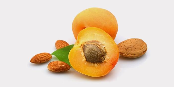 Ядра абрикоса