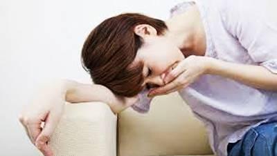 Тошнота - один из симптомов опухоли печени