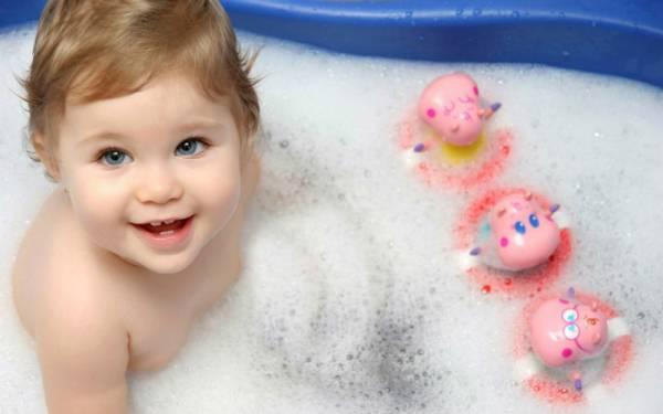 Сколько дней не мыть ребенка после прививки от гепатита